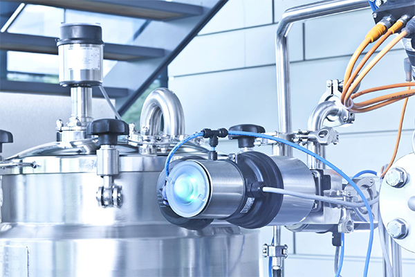 Level and flow control for the food industry