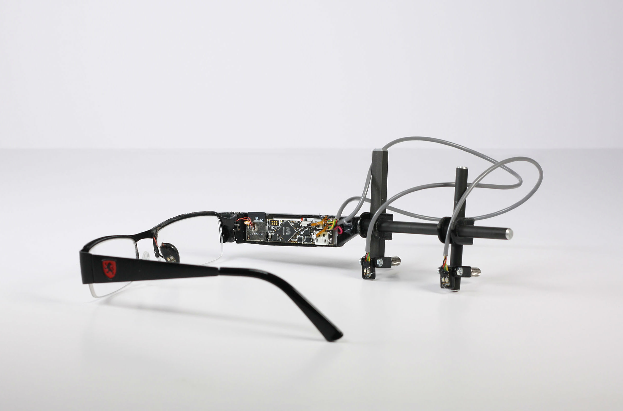 98fb2ae8ef Microsoft s glasses to continuously monitor blood pressure