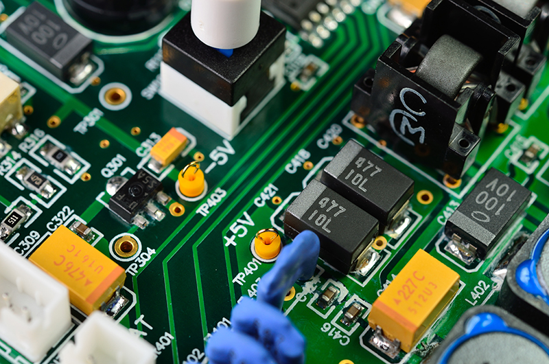 Circuit Board Close-up – Densely packed and intricate circuit boards are a cleaning and drying challenge