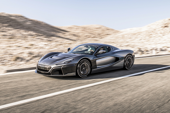 The Rimac C_Two features a full carbonfibre monocoque with bonded carbon roof, integrated battery pack and powertrain