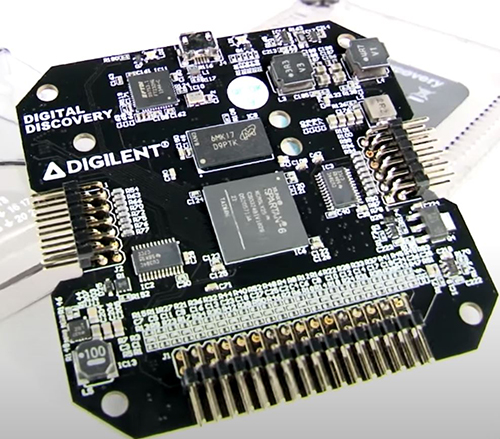 Figure 4 - The inside of the FPGA-based Digilent Digital Discovery logic analyser (source Digilent)