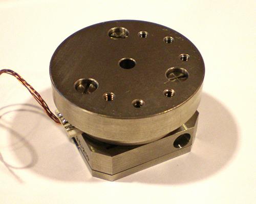 rotary piezoelectric motor  [Source: Jaanus.kalde, CC BY-SA 3.0