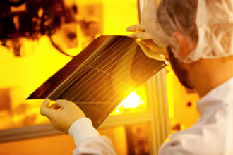 Heliatek sets Organic Photovoltaic world record efficiency of 13.2%
