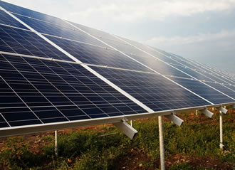 Screen cleaning powder can help maximise solar panel efficiency