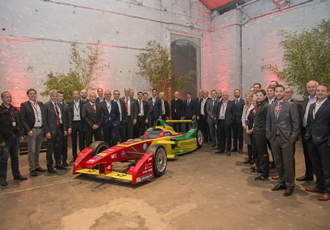 Electronics executives meet to discuss automotive innovation