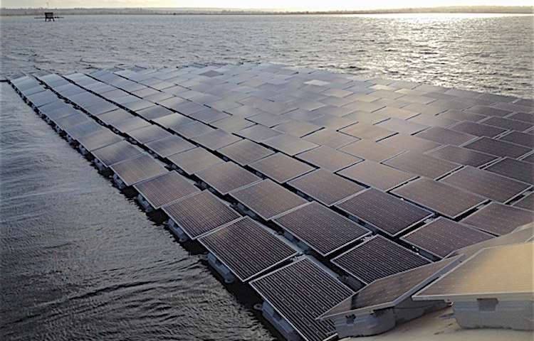 UK to unveil largest floating solar array in the world