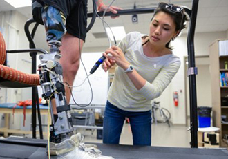 Adaptive powered knee prosthesis assists amputees