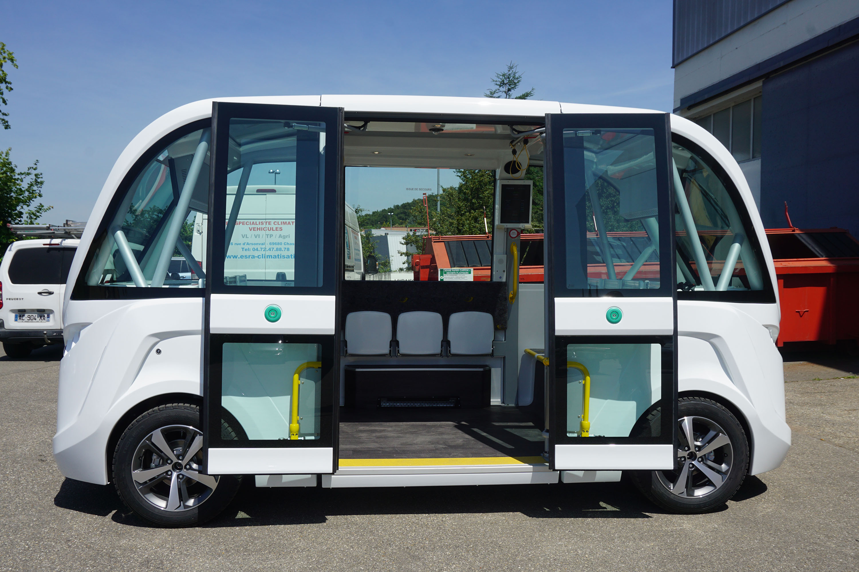 Driverless vehicle on display in Madison