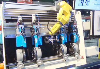 Always connected and sharp connected machine uses IIoT technology