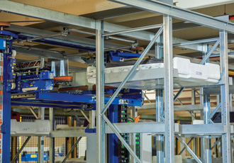 Storage system achieves maximum capacity in tight space constraints