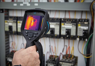 Thermal imaging cameras feature intelligent interchangeable lenses