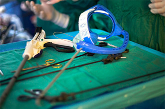 Minimally invasive instrument moves like a surgeon's hand