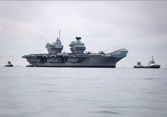 HMS Queen Elizabeth makes her first appearance in Portsmouth