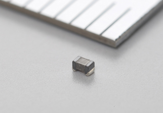 Compact 15µh inductor suitable for smartphones