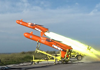 QinetiQ flies Mirach and Firejet aerial targets together for first time