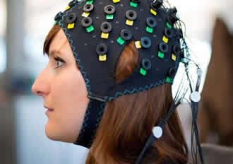 Brain-computer interface allows locked-in people to communicate