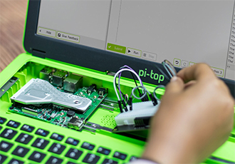 Modular laptop teaches the skills of tomorrow, today