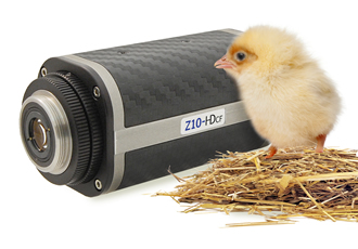 Compact HD lens gives a 'quacking' good zoom