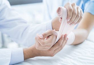 Smart bandage could promote faster healing