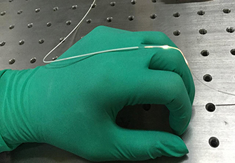 Stretchable fibre optic measures changes in body movements