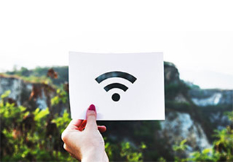 What's Best? WiFi 6 (802.11ax) or 5G?