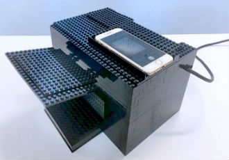 Nerve gas detector built with Lego bricks and a smartphone