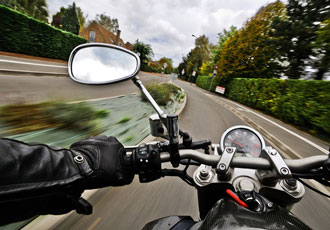 Keeping motorcyclists safe through the use of CI-ITS