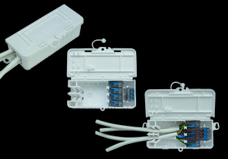 Five pole screwless in line junction box on the market