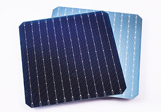 Solar cell achieves high front side conversion efficiency