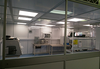 Cleanroom facility for surface mount oscillator production