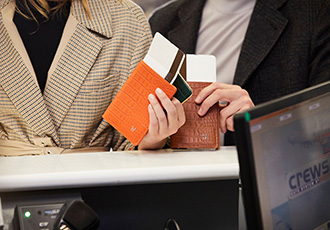 High-tech accessories branch out to traceable passport cover