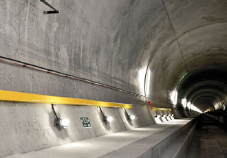 Gotthard railway tunnel relies on fire-resistant junction boxes