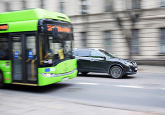 Electric propulsion solution for low floor bus applications