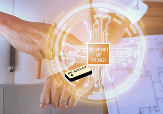 Real-time clock module with tiny dimensions for wearables