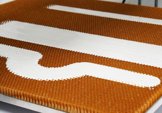 Automated honeycomb potting in the aerospace industry