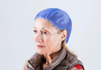 Scalp cooling device prevents hair loss during chemotherapy