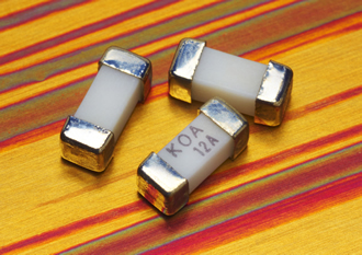 Fast-acting chip fuse offers over-current protection to 15A