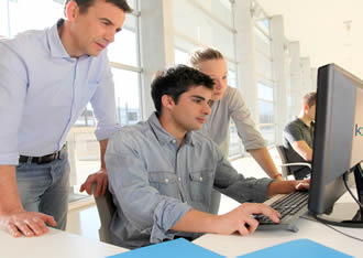 Manufacturing apprentices enjoy free IT training