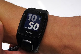 TomTom watch features robust capacitive touch buttons