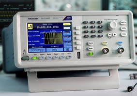 Arbitrary/function generator enables T&M entree for colleges